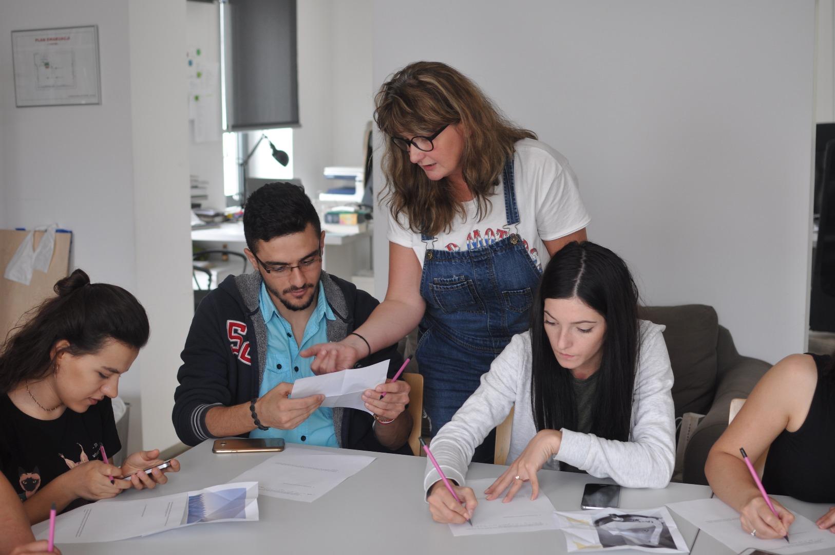 Kurs teoretyczno - praktyczny z zakresu historii sztuki dla studentów